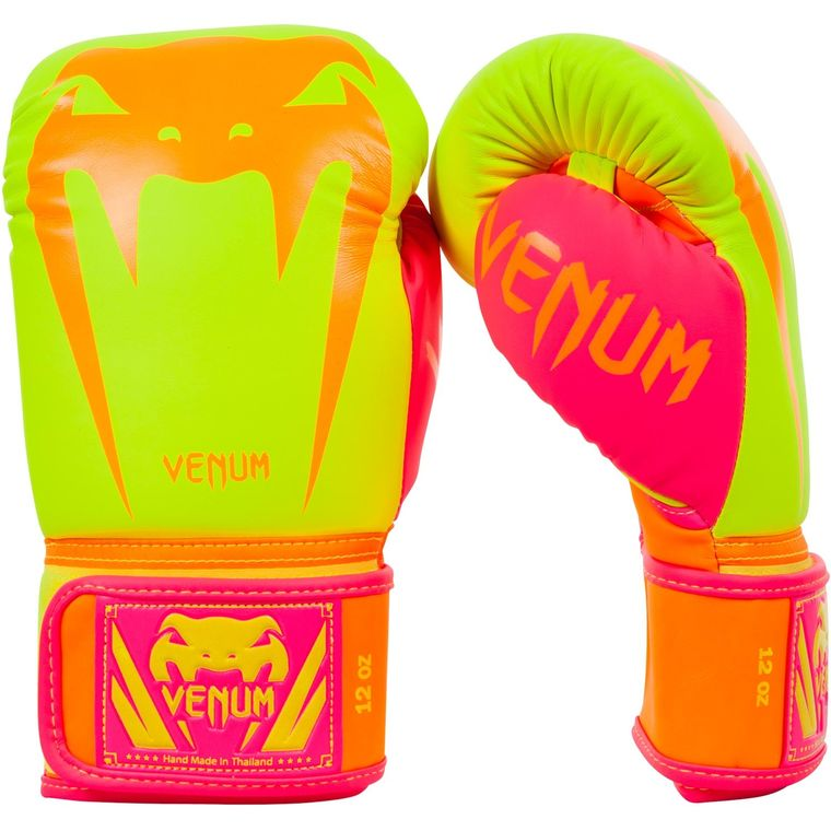 venum-giant-gloves-v3-limited-1