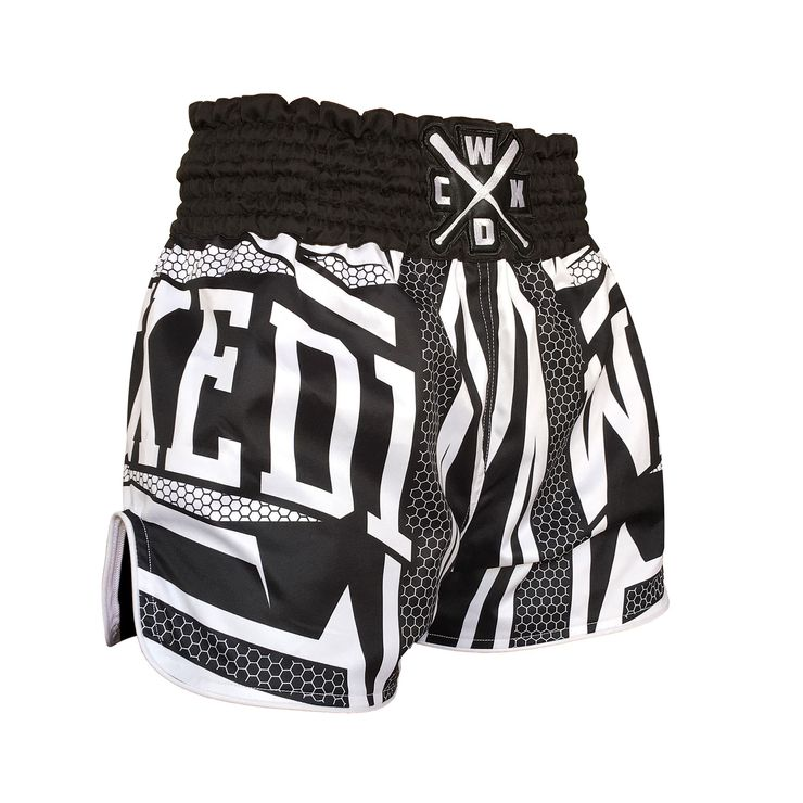 wicked-one-muay-thai-shorts-stern-1